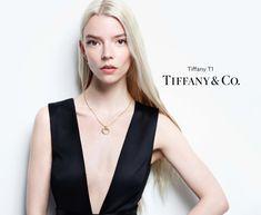Tracee Ellis Ross, Anya Taylor Joy, Fashion Photography Inspiration, Tiffany And Co, Fashion Labels, Beautiful Asian Girls, Fashion Shoot, V Neck Tops, Celebrity Style