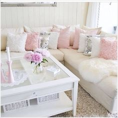 Shabby Chic Style Living Room Modern Chic Home Decor Ideas Chic Living Room, Home And Living, Living Room Decor, Bedroom Decor, Cozy Living, Feminine Living Rooms, Wall Decor, Modern Living, Luxury Living