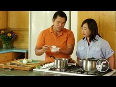 Shoyu Chicken is a classic Hawaii dish that is everyone's local favorite! Chef Keoni Chang shares the secrets to making the simple dish really shine. Shoyu Chicken Recipe Hawaii, Chicken Recipes, Mochiko Chicken, Turkey Recipes, Youtube Cooking, White Pasta, Island Food, Good Foods For Diabetics, Asian Recipes