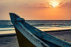 Photo By InternalEye   Pixabay   #boat #sunset #ocean #travelpic #travelgirl #travellers #travelmore #travelersnotebook