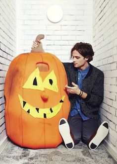 Here's a peek of one of our favorite rogues, Matthew Gray Gubler, on the  cover of Issue 2