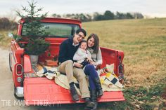 Christmas mini session stylized red pick up truck. www.themainetinker.com