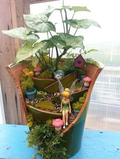 Cracked Pot Fairy Garden