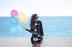 http://www.theguestgirl.com/2015/11/happy-birthday-theguestgirl/ #happybirthday #birthday #ideas #hpreppy #holy #preppy #potro #dress #vestido #animal #print #globos #party #fashion #blog #inspo #insipiration #chic #pin #sequins #white #sneakers #dreams #desire #work #style #chic #pink #gold #favdress #vestido #cowgirl #farwest #theguestgirl