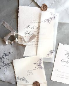 Love the elegant simplicity of this stationery suite and the use of vellum paper.