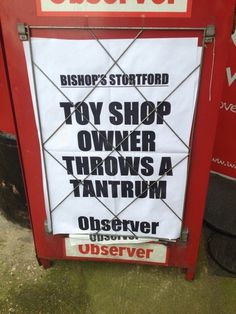 49 brilliantly underwhelming local news headlines from across the UK Funny News Headlines, Newspaper Headlines, The Headlines, Oh The Irony, Police Call, British Humor, Funny Slogans, Try Not To Laugh, Toys Shop