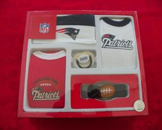 NFL New England Patriots 5 Piece Gift Set New Baby Infant Size 3-6 Months