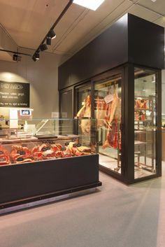 Butcher Restaurant, Meat Restaurant, Restaurant Concept, Restaurant Design, Cafe Organic, Beef Cuts Chart, Carnicerias Ideas, Local Butcher Shop, Meat Store