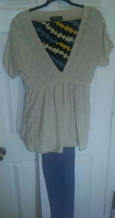 Beige tunic / Cassie skirt w Lularoe TC leggings
