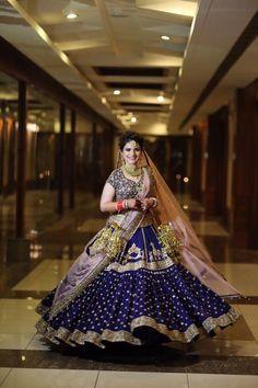 Wedding Lehnga, Indian Bridal Lehenga, Indian Bridal Outfits, Indian Bridal Fashion, Indian Bridal Wear, Indian Dresses, Eid Dresses, Wedding Updo, Bridal Lehenga Collection