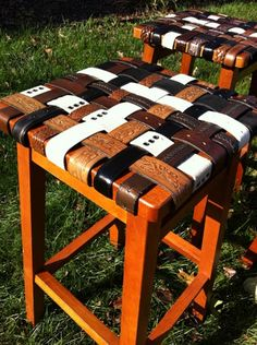 I'm in LOVE with these stools and chairs! I came across these today while at an antique store. A lady in Lexington makes them! Crazy awesome!