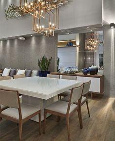 Branco e madeira .... combinação perfeita e o lustre acobreado para dar um toque de modernidade !!