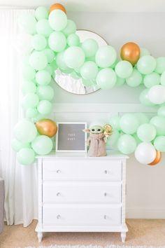 Yoda Happy Birthday, 4th Birthday Party For Boys, Star Wars Birthday, Birthday Party Themes, 8th Birthday, Girls Star Wars Party, Baby Boy Shower, Birthday Garland, Balloon Garland