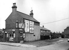 Hall Lane no. 87, Strawberry Road