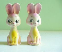 Darling vintage Pink Bunny Rabbits Salt and Pepper Shakers
