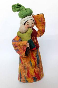 Handmade Felt Folk Doll Mother with Baby/Hand Embroidered Ethnic Woman #FeltFolkNomadArtDoll #DollswithClothingAccessories