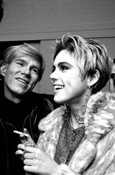 Edie Sedgwick, 1965 Gorgeous haircut