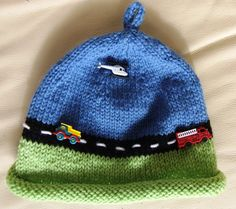 * Knitted beanie for toddler