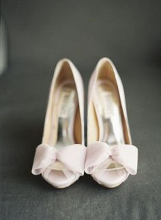Delicate Pink Peep-Toes | Wedding | Wedding shoes | Bridal shoes | #wedding #weddingshoes #bridalshoes | https://www.starlettadesigns.com/