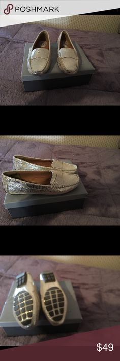 ‼️SALE‼️NWOT. Felice Silver & Gold Flats size 6.5 Felice Silver with gold loafer, flexible rubber sole, upper leather..😀♥️ felice Shoes Flats & Loafers