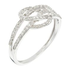 White Gold Timeless Ring with Diamonds :Pretty design