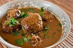 Norwegian Meatballs Kjøttkaker - (Free Recipe below) Meat Cake, Norwegian Food, Norwegian Recipes, Swedish Recipes, Scandinavian Food, Savarin, Vidalia Onions, Creamed Spinach, Kitchens