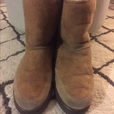 Ugg Boots Ugg boots for sale. Men's size 10. UGG Shoes