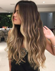 hair Trendy Haar lange braune Highlights Gesicht Rahmung Ideen What's Your Passion? Brown Hair Balayage, Brown Blonde Hair, Long Brown Hair, Brunette Hair, Blonde Ombre, Ombre Hair, Easy Hairstyles For Medium Hair, Straight Hairstyles, Short Hairstyle