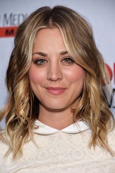Blonde Hairstyles Kaley Cuoco Blonde Hair Color  Wavy Hairstyles  Pinterest  Kaley