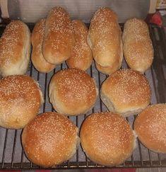 ΜΑΓΕΙΡΙΚΗ ΚΑΙ ΣΥΝΤΑΓΕΣ 2: Ψωμάκια για σάντουιτς ή χαμπουργκερ !!!