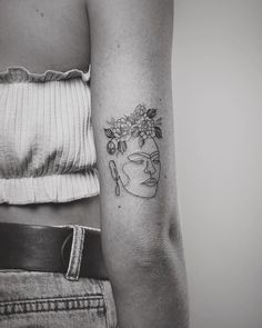 trendy Ideas for tattoo ideas tatuajes frida kahlo Line Tattoos, Flower Tattoos, Body Art Tattoos, Small Tattoos, Cool Tattoos, Tatoos, Frida Tattoo, Frida Kahlo Tattoos, Fridah Kahlo