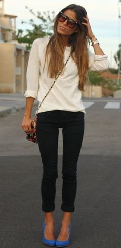 blue pumps, black + white, black skinny jeans