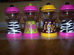 handpainted bubble gum machines Clay Flower Pots, Flower Pot Crafts, Clay Pots, Candy Bowl, Candy Jars, Candy Dishes, Clay Pot Projects, Clay Pot Crafts, Plastic Jar Crafts