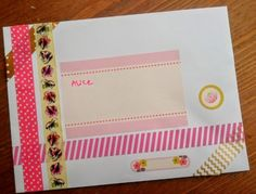 Sharing tips for envelope art for the unartistic. Ideas for snail mail to your pen pals by creating envelope art with stamps, stickers and washi tape. Diy Stationery Crafts, Stationery Set, Stationary, How To Make An Envelope, Diy Envelope, Decorated Envelopes, Pink Envelopes, Diy Paper, Paper Crafts
