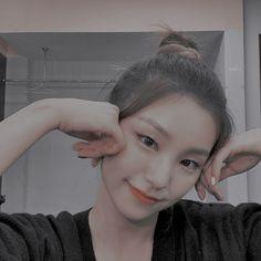 K Pop, Cute Asian Girls, Kpop Girls, Random, Music Genre, K-pop Music