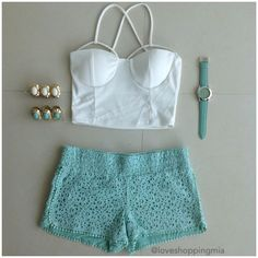 White crop top with mint crochet shorts . White Outfits, Short Outfits, Short Dresses, Summer Outfits, Summer Clothes, World Of Fashion, Teen Fashion, Fashion Outfits, Dressed To Kill