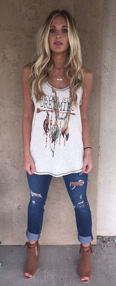 White Printed Top & Ripped Skinny Jeans & Brown Open Toe Booties