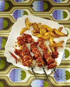 Feurige Currywurst mit Chili Rezept