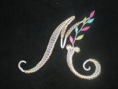 couleurs dentelle Mickey Mouse, Lace Heart, Lace Jewelry, Bobbin Lace, Lace Detail, Crochet, Butterfly, Brooch, Etsy