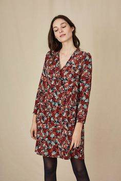 Robe edeline roseberry - viscose - made in china dress - des petits hauts 1 Alexa Chung, Tights Outfit, Knitwear, Jumper, Fashion Dresses, Dressing, High Neck Dress, Chic, My Style
