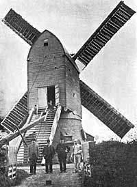 Sandy Lane windmill Hucknall Water Wheels, Old Barns, Windmills, Rustic Barn, Nottingham, Memories, History, City, Places