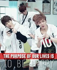 I see Suho, Yixing, BaekYeol Emerging from the back, Kai doing... his thing, Luhan and half of XIunin's face. HAHA