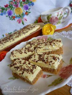 Most egy nagyon finom süteményt készítettem el, amit évek óta szerettem volna kipróbálni, de féltem tőle, pont úgy mint a mézes krémes lapj... Hungarian Recipes, Cake Bars, My Recipes, Tiramisu, French Toast, Sandwiches, Bakery, Deserts, Sweets