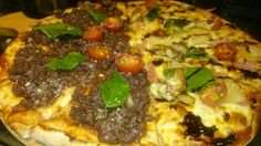 Pizza mitad Osso mitad Sole Mio