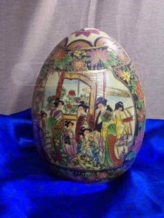 shopgoodwill.com: Large Jaymee Collection Hand Painted Egg