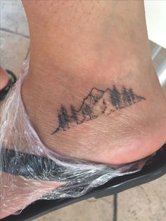 34 Elegant foot tattoo design that you can copy - 34 Elegant foot tattoo . - 34 Elegant foot tattoo design that you can copy – 34 Elegant foot tattoo design that you can copy - New Tattoos, Body Art Tattoos, Small Tattoos, Cool Tattoos, Awesome Tattoos, Tatoos, Skull Tatto, Neck Tatto, Form Tattoo