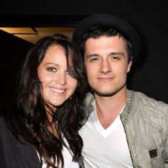 Jennifer Lawrence and Josh Hutcherson Josh And Jennifer, Katniss And Peeta, Josh Hutcherson, Staying Alive, Jennifer Lawrence, Hunger Games, Got Married, Cute, The Hunger Games