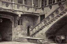Pati gòtic  del Palau de la Generalitat,any 1870
