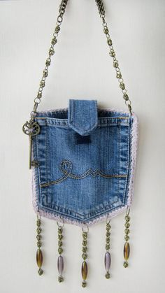 Denim designer purse, pocket bag with chain buckle. Boho Set - recycled jeans handbag - Denim designer purse, pocket bag with chain buckle. Small Handbags, Purses And Handbags, Luxury Handbags, Cheap Handbags, Cheap Purses, Popular Handbags, Cheap Bags, Luxury Purses, Handbags Online