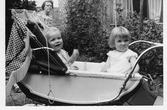 Solid Bringing Up A Child Advice For Happy Children – Boy Baby Vintage Pram, 50s Vintage, Vintage Children Photos, Vintage Photos, Pram Sets, Prams And Pushchairs, Baby Buggy, Baby Prams, Baby Carriage